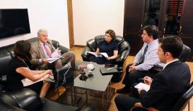 Das Übersetzungszentrum legt den Grundstein für ein gemeinsames Projekt mit der argentinischen Botschaft