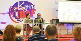 """El libro """"Leili y Majnun"""" en el Festival internacional de Libro"""