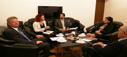El nuevo embajador de la República Argentina en el Centro de Traducción