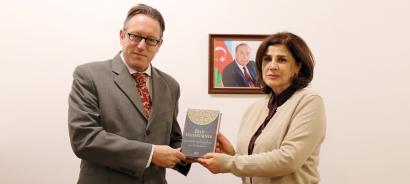El representante oficial de Austria visitó el Centro Estatal de Traducción de Azerbaiyán
