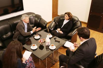 نماینده رسمی سفارت جمهوری چک در بنیاد ترجمه
