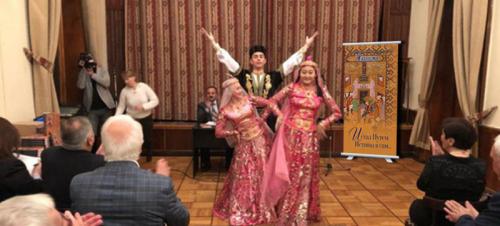 Die Ghaselsammlung von Nasimi wurde in Moskau präsentiert
