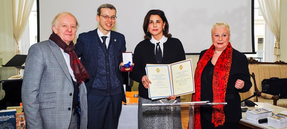 Письменник Азербайджану прийнятий в члени Європейської академії